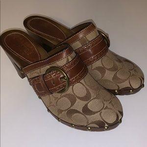 COACH Sable clogs heels khaki/brown 8.5 Never worn